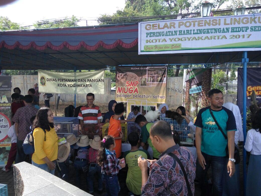 Stand SMP Muh 3 Yogyakarta